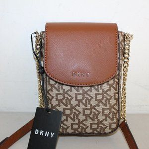 DKNY NS PHONE CROSSBODY BAG BROWN LOGO R94EJD20